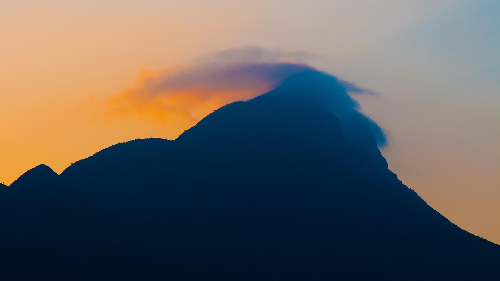Atardecer sobre el Cerro de Mitras, Monterrey, NL