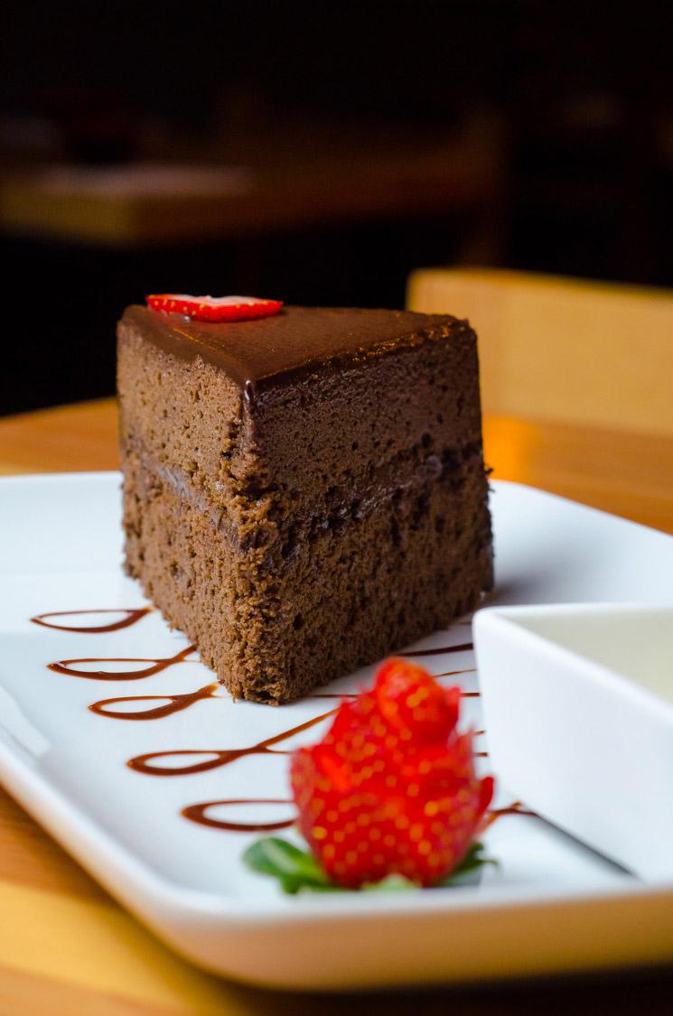 Pastel de chocolate en Yeo Sushi